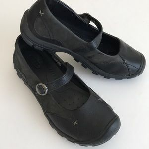 Keen Mary Jane's black, charcoal, adjustable strap